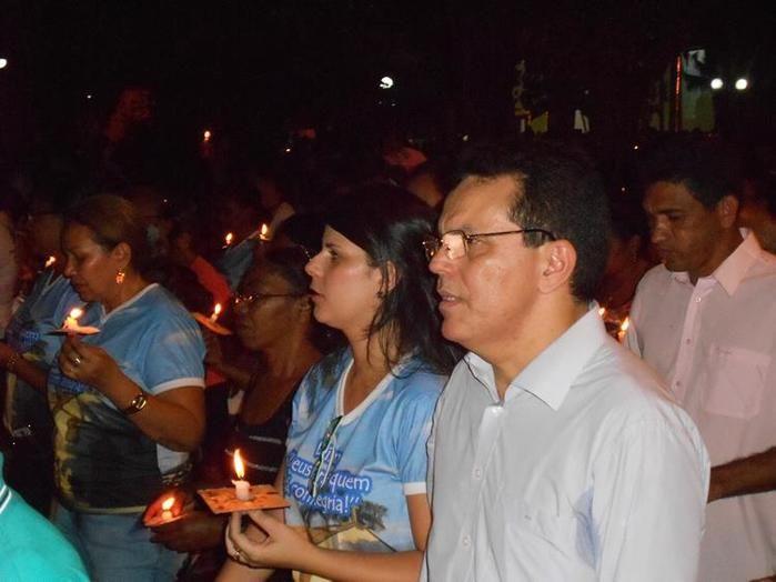 Prefeita Aldara Pinto e o deputado estadual Zé Santana participam do encerramento dos Festejos de Jerumenha