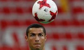 Cristiano Ronaldo repensa decisão de deixar Real Madrid, diz jornal