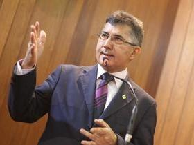 Deputado Aluísio Martins ressalta o programa Universidade Aberta