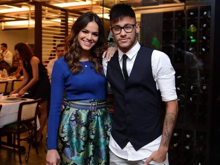 Bruna Marquezine e Neymar terminam namoro pela terceira vez