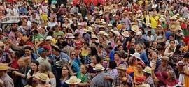 Maior quadrilha junina do Brasil conta com 885 casais