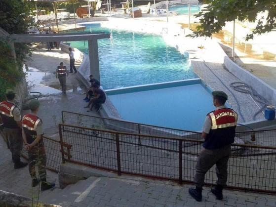 Cinco pessoas morrem eletrocutadas em parque aquático