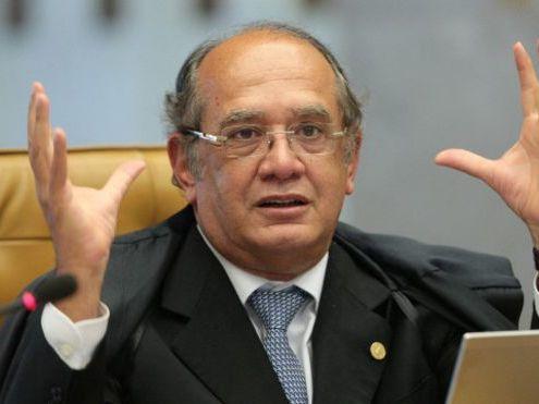 Jato que transportava ministro Gilmar Mendes sofre pane durante voo