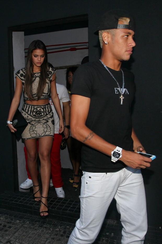 Neymar e Bruma Marquezine
