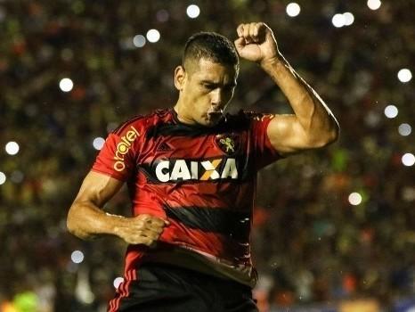 Palmeiras monitora situação de Diego Souza no Sport
