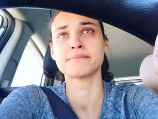 Mais uma atriz global leva 'puxão de orelha' do Detran em post