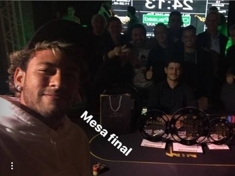 Neymar aparece loiro em evento de pôquer; cabelo já virou meme
