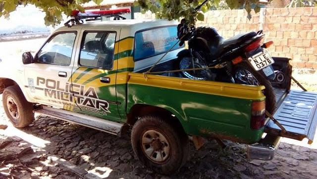 Moto recuperada pela Polícia Militar (Crédito: Reprodução)