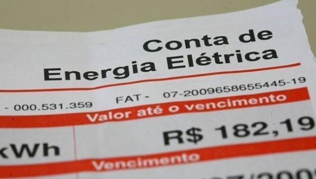 Contas terão reajuste de R$ 2 a cada 100 kilowatts-hora (Crédito: Reprodução )