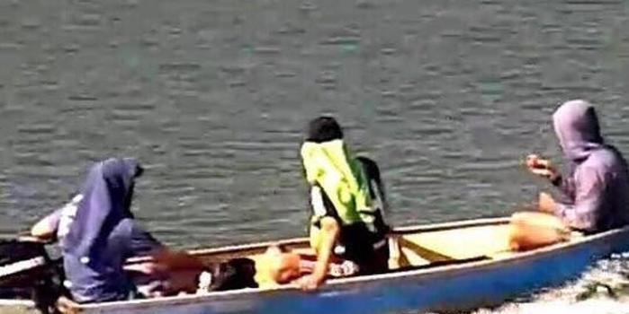 Trio leva equipamento de até R$ 200 mil após invadir embarcação