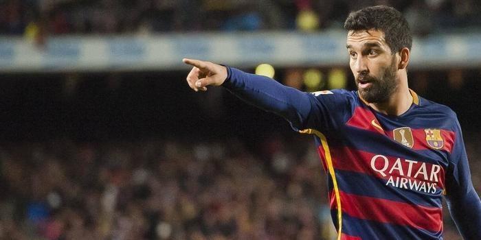 Arsenal quer meia encostado no Barcelona para próxima temporada