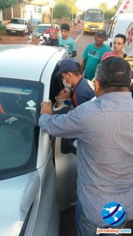 Psicóloga fica gravemente ferida após colidir com ônibus em BR