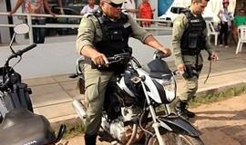 Agentes de trânsito identificam moto com registro de roubo
