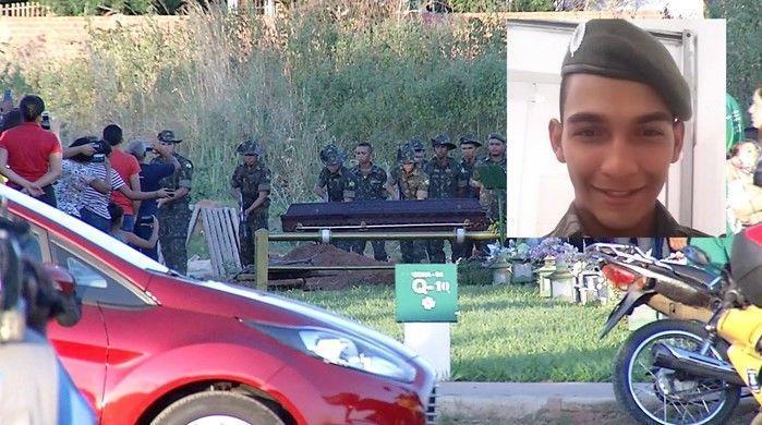 Enterro de solsado morto em cidente com caminhão do Exército