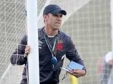 Vasco não perde força se ficar longe da Colina, diz treinador