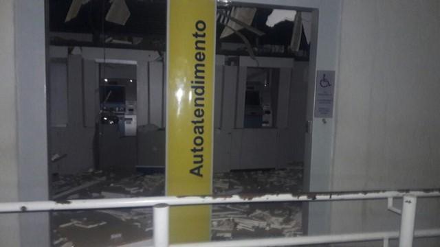 Agência do Banco do Brasil ficou destruídad (Crédito: Reprodução)