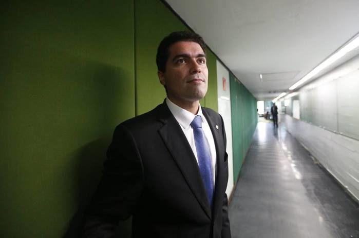Parecer de Cardoso Jr. foi aprovado nesta quarta em reunião da comissão mista