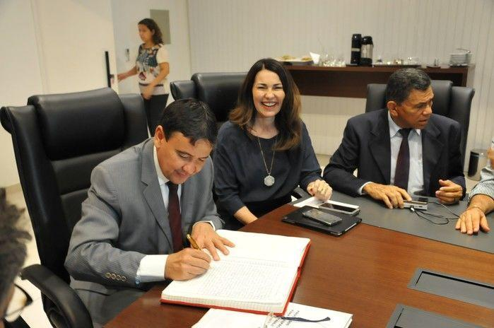 Wellington transmite cargo de chefia do Executivo a Margarete Coelho