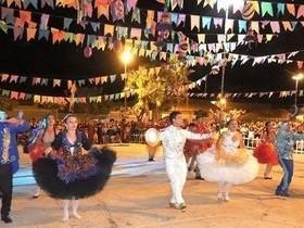 Grupos de danças garantem o sucesso do Encontro de Folguedos