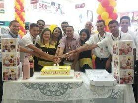 União comemora os 59 anos do Armazém Paraíba com corte do bolo