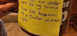 Bilhete de filho do cantor do Linkin Park comove: 'Ame a vida'