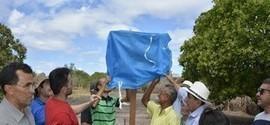 Entrega de Kits de Irrigação Marcam a Programação da Manhã na SDJ