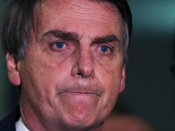 Internautas marcam evento para despedida de Bolsonaro do Brasil