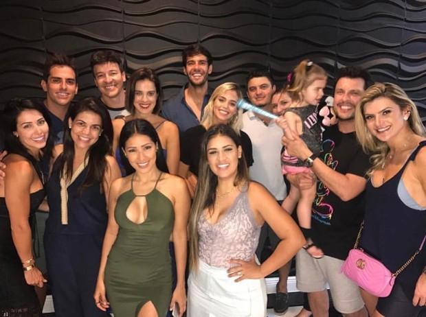 Simone comemora aniversário do filho com super festa em Orlando