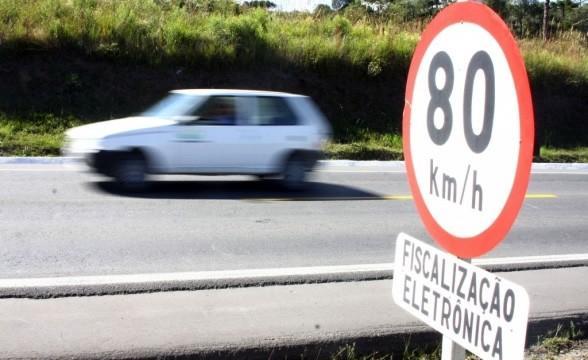 Estacionamento em locais proibidos ocupa o segundo lugar  (Crédito: Reprodução)