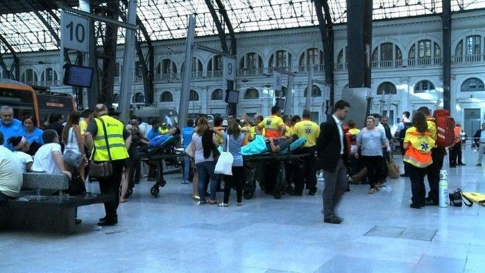 Acidente de trem em Barcelona deixa mais de 50 feridos