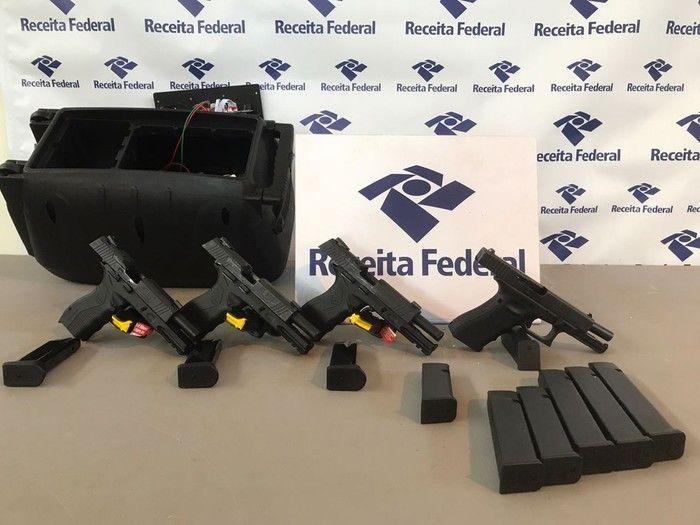Receita Federal apreende armas e produtos contrabandeados no Paraná