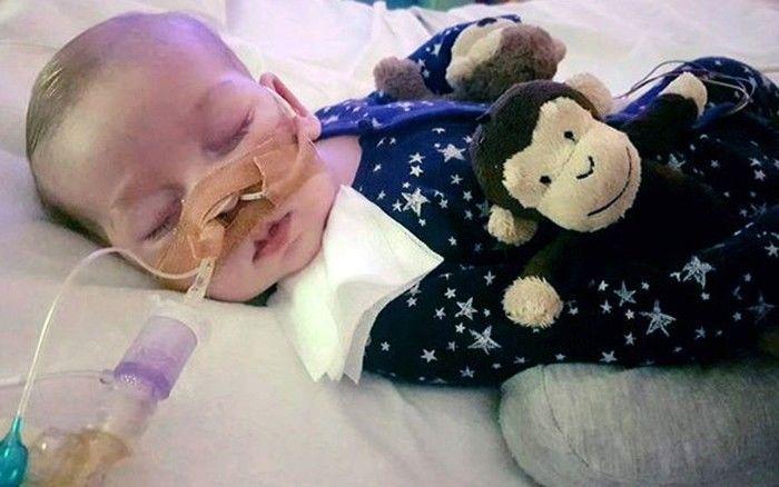 Bebé com doença rara não vai morrer em casa