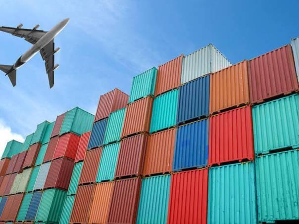 Brasil tem superávit comercial recorde para junho, de US$7,2 bi