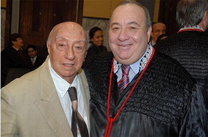 desembargador aposentado Antônio Pacheco Guerreiro e o filho