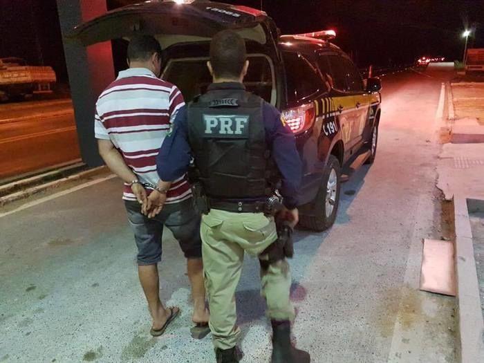 Homem preso em Valença do Piauí (Crédito: PRF)