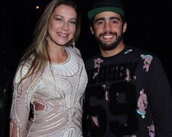 Luana Piovani diz que marido se excita quando posta fotos dela nua