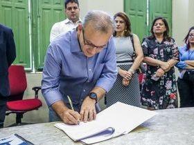 Firmino Filho assina contrato para processo seletivo com 760 vagas