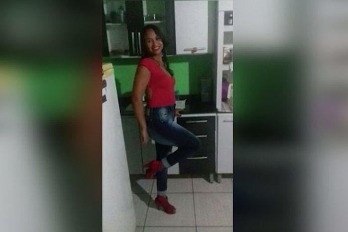 Homem mata namorada de 16 anos e esconde corpo no quintal de casa