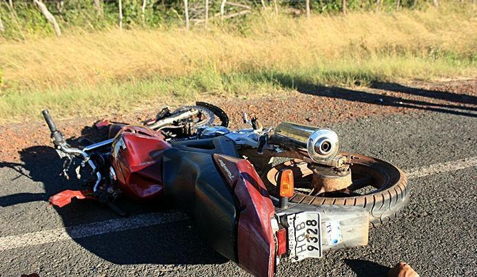 Veículo destruído após o grave acidente (Crédito: Piracurucaaovivo)