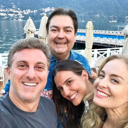 Angélica, Luciano Huck, Faustão e a mulher passam férias juntos na Itália