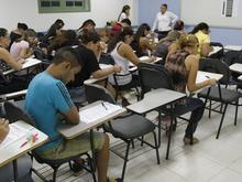 Concursos abrem 1,6 mil vagas com salários que vão até R$ 10 mil