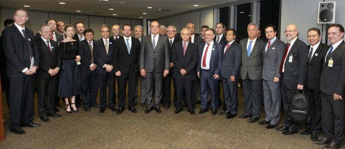Presidentes dos Tribunais de Contas na assinatura de acordo (Crédito:  Atricon/TCE)
