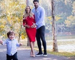 Ex-BBBs Rodrigão e Adriana Sant'Anna anunciam segundo filho