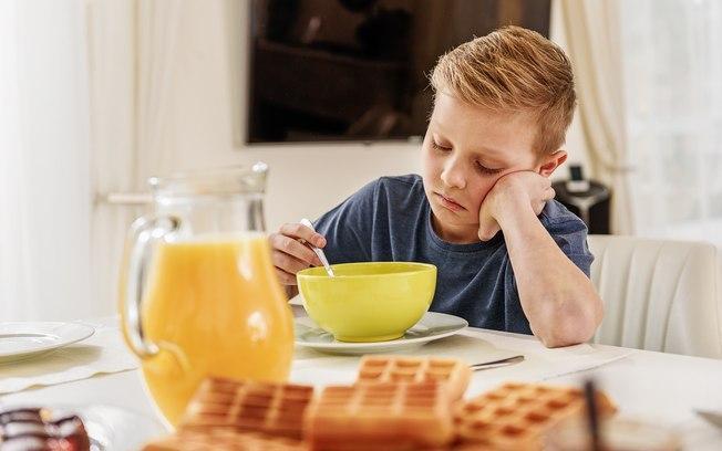 Entenda o que é fome oculta e como ela pode afetar seu filho