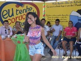 Centenas de pessoas participaram da Festa do Estudante