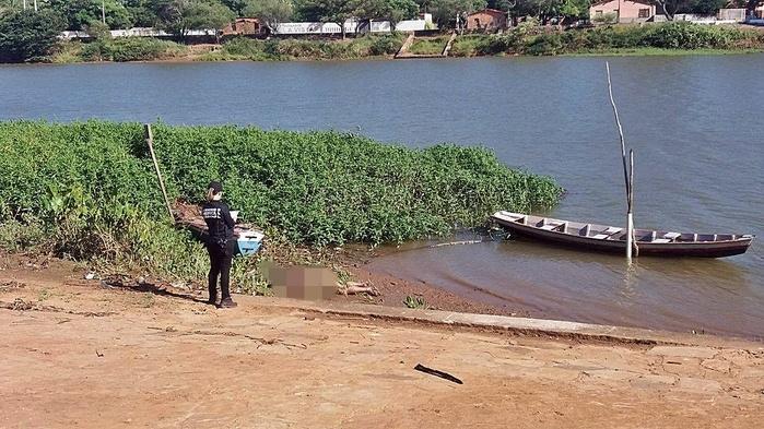 Perita Criminal Marcela Sampaio realizando os levantamentos. (Crédito: Kairo Amaral)
