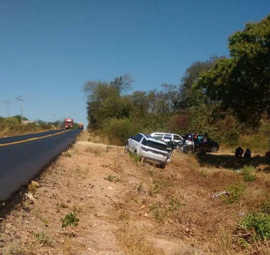 Veículo saiu da pista após o acidente naBR-135 (Crédito: Anchieta/Polícia Civil)