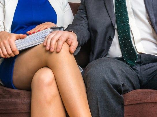 A cada dez pessoas, uma já fez sexo no trabalho, aponta estudo