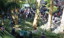 Queda de árvore em festa religiosa deixa 13 mortos em Portugal