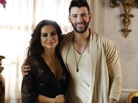 Cleo Pires aparece de camisola em foto ao lado de Gustavo Lima